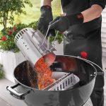versement charbon cheminée allumage weber barbecue